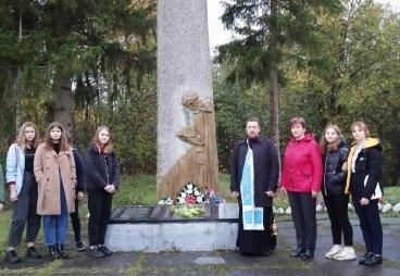 Новоржевские волонтеры участвуют в проекте «Поклонный крест»