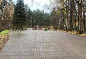 Волонтеры навели порядок на воинских захоронениях в Печорском районе